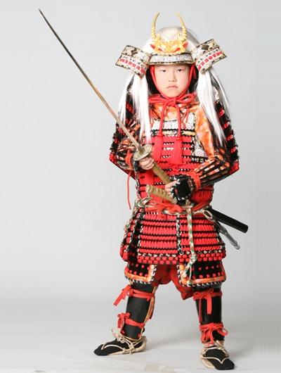 En av de samurajkostymer man kan klä upp sig i på Eigamura (för en extra avgift)